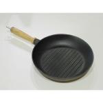Сковорода гриль с деревянной ручкой 240*40 (Берлика)